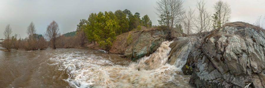 Усть-Каменский водопад